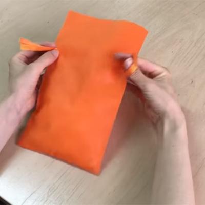 2つ穴リボン巾着の結び方。