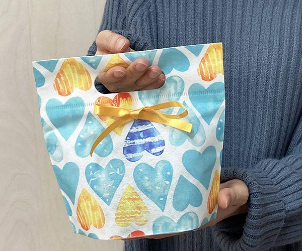ホワイトデー 可愛い リボン ティファニーブルー ラッピング チョコレート 洋菓子 和菓子 焼き菓子